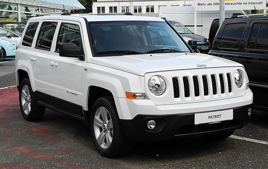 Jeep Patriot MK Closed Off-Road Vehicle