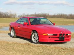 BMW 8 Series wheels and tires specs icon