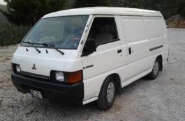 Mitsubishi L300 III [1...