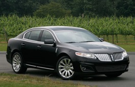 Lincoln MKS Saloon