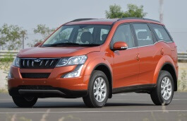 Mahindra XUV 500 I Facelift Closed Off-Road Vehicle