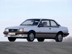 Opel Ascona C Coupe