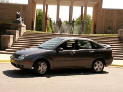 Ford Focus I Restailing (North America) Saloon