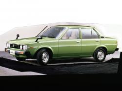 Toyota Corolla IV (E70) Berline