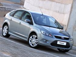 Ford Focus II Restailing Hatchback