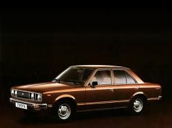 opony do Toyota Carina II (A40, A50) [1978 .. 1983] Saloon