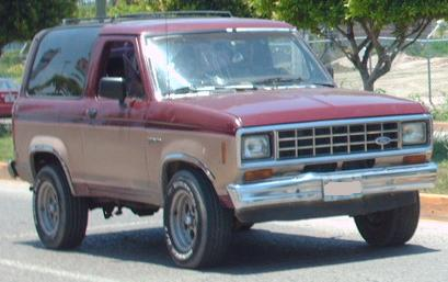 Ford Bronco II I Closed Off-Road Vehicle