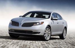 Lincoln MKS Restyling Saloon