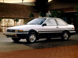 丰田 卡罗拉 V (E80) Coupe
