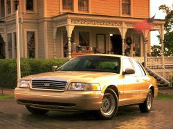 Ford Crown Victoria II Saloon