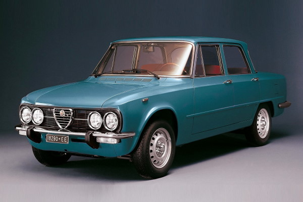 Alfa Romeo Giulia wheels and tires specs icon