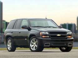 Chevrolet TrailBlazer I Closed Off-Road Vehicle