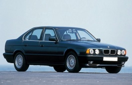 BMW 5シリーズ III (E34) セダン