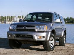丰田 4Runner III (N180) Closed Off-Road Vehicle