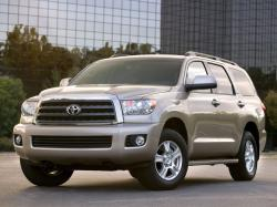 Toyota Sequoia II Closed Off-Road Vehicle