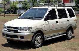 Chevrolet Tavera picture (2004 year model)