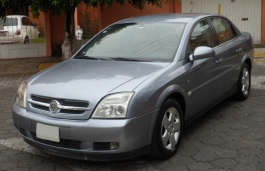 Chevrolet Vectra Saloon