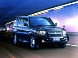 Mitsubishi Pajero iO Closed Off-Road Vehicle