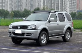 Dongfeng Oting Closed Off-Road Vehicle
