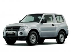 Mitsubishi Pajero IV Closed Off-Road Vehicle