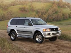Mitsubishi Montero Sport Closed Off-Road Vehicle