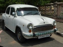 Hindustan Ambassador wheels and tires specs icon