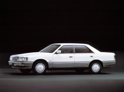Mazda Luce V Saloon