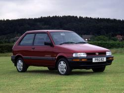 Subaru Justy I Restyling Hatchback