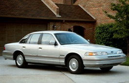 Ford Crown Victoria I Saloon