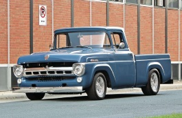 Ford F-100 II Pickup Regular Cab