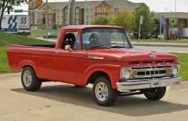 Ford F-100 III Pickup Regular Cab