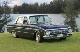 Ford Falcon XM Saloon