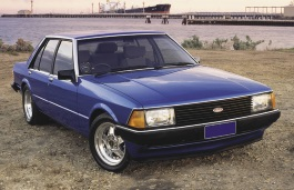 Ford Falcon XD Saloon