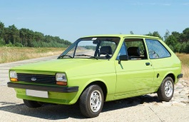 opony do Ford Fiesta I [1976 .. 1983] Hatchback, 3d
