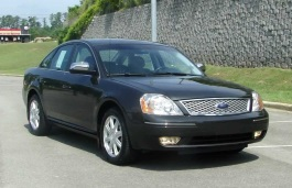 Ford Five Hundred D258 Saloon