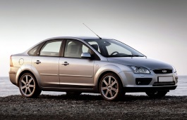 Ford Focus II Saloon
