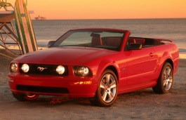 Ford Mustang V Convertible