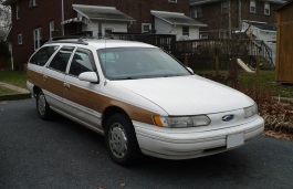Ford Taurus II Station Wagon