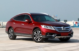 GAC Honda Crosstour TF Facelift Hatchback