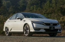 Honda Clarity Saloon