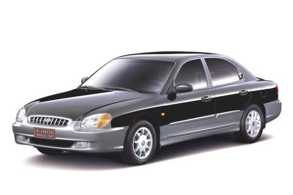 Hyundai Sonata EF Saloon