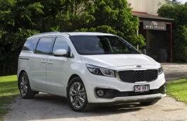 Kia Carnival III MPV