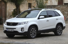 Kia Sorento II Closed Off-Road Vehicle
