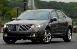 Lincoln MKZ I Restyling Saloon