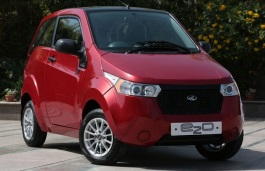 opony do Mahindra e2o 2013 .. 2016 Hatchback, 3d