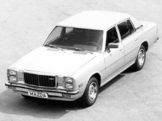 Mazda 929 LA4 Berline