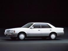 Mazda 929 HC Saloon