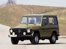 Mercedes-Benz G-Class W460 Closed Off-Road Vehicle