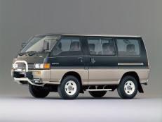 Mitsubishi Delica Star Wagon L300 MPV