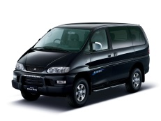 Mitsubishi Delica Van wheels and tires specs icon